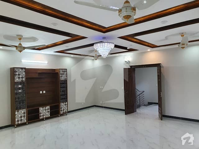 Beautiful House Good Location House For Sale Sector G-13 Islamabad
