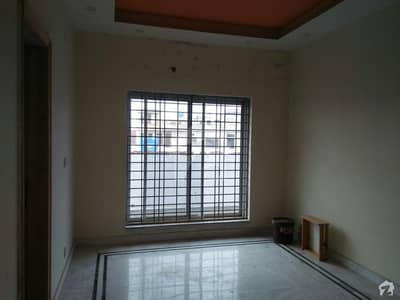 In EME Society Upper Portion Sized 32 Marla For Rent