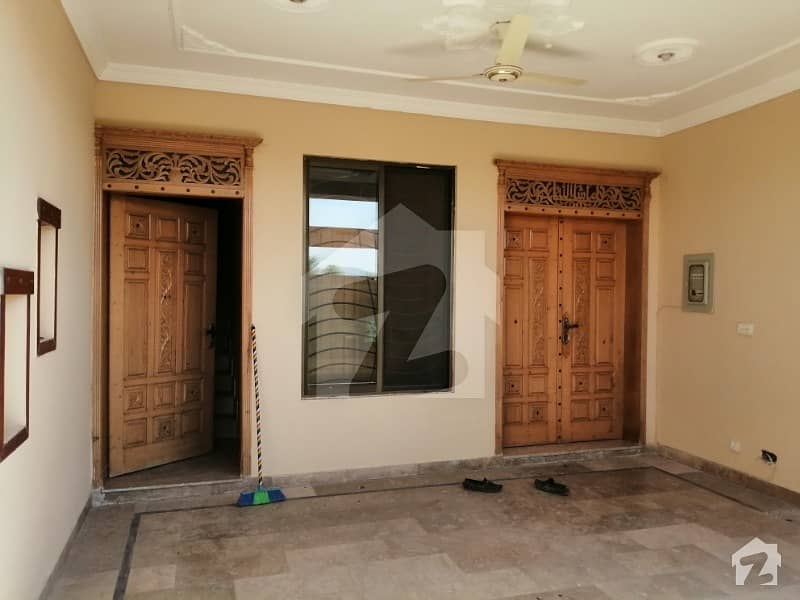 30x60 Beautifull House For Sale