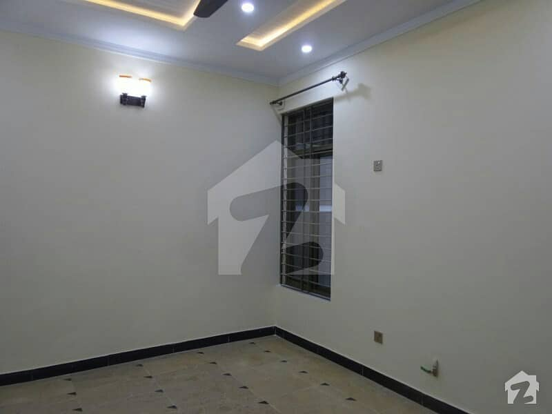 12 Marla House In Soan Garden For Sale At Good Location