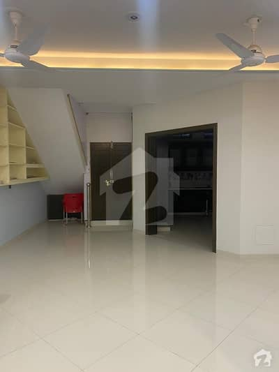 22 Marla 60x90 Open Basement Portion For Rent
