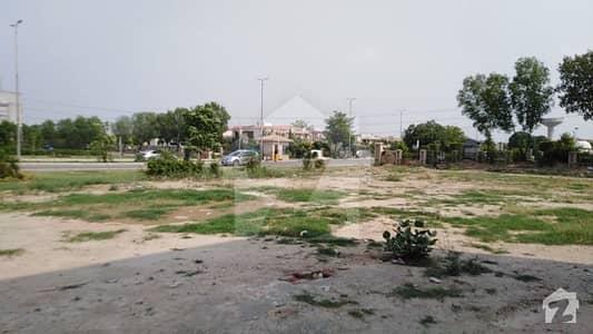 لیک سٹی - سیکٹر M7 - بلاک سی لیک سٹی ۔ سیکٹرایم ۔ 7 لیک سٹی رائیونڈ روڈ لاہور میں 12 مرلہ رہائشی پلاٹ 1.35 کروڑ میں برائے فروخت۔