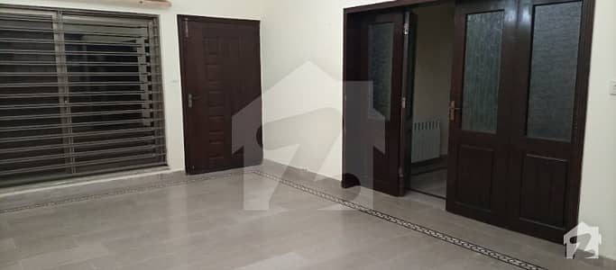 G134 House 35 X 70 Ground Basement For Rent Available Near Market And Near Main Road