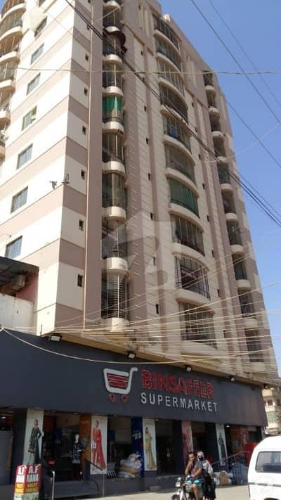 گلستانِِ جوہر ۔ بلاک اے 3 گلستانِ جوہر کراچی میں 3 کمروں کا 18 مرلہ پینٹ ہاؤس 70 ہزار میں کرایہ پر دستیاب ہے۔
