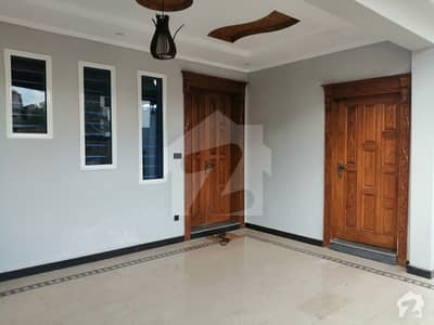 30x60 Beautiful House For Sale In G-13