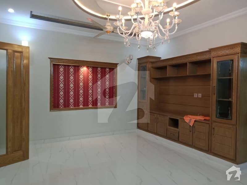30x60 Beautiful House For Sale