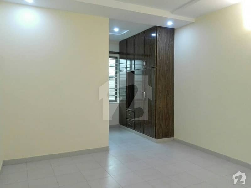 24 Marla Upper Portion For Rent In Beautiful D-12