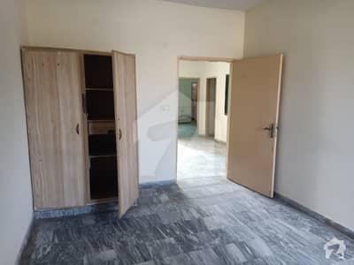 جوڈیشل کالونی فیز 1 جوڈیشل کالونی لاہور میں 3 کمروں کا 15 مرلہ بالائی پورشن 30 ہزار میں کرایہ پر دستیاب ہے۔