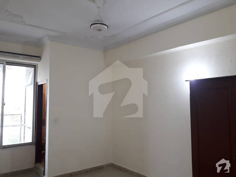 پی ڈبلیو ڈی روڈ اسلام آباد میں 2 کمروں کا 3 مرلہ فلیٹ 22 ہزار میں کرایہ پر دستیاب ہے۔