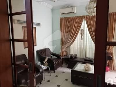 گلستانِِ جوہر ۔ بلاک اے 3 گلستانِ جوہر کراچی میں 5 کمروں کا 12 مرلہ مکان 3.85 کروڑ میں برائے فروخت۔