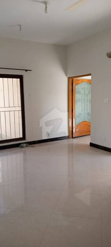 E7 Like A Brand New 03 Bedroom Semi Furnished Independent Upper Portion With Beautiful Front View