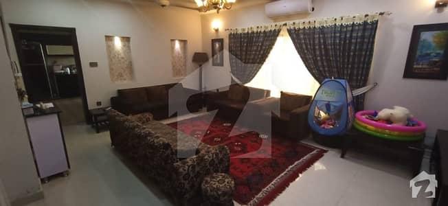 بحریہ ٹاؤن سیکٹر سی بحریہ ٹاؤن لاہور میں 4 کمروں کا 10 مرلہ مکان 1.55 کروڑ میں برائے فروخت۔