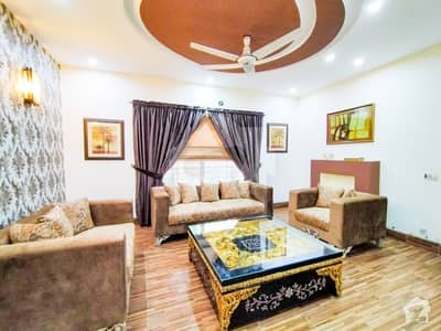 اسٹیٹ لائف ہاؤسنگ فیز 1 اسٹیٹ لائف ہاؤسنگ سوسائٹی لاہور میں 4 کمروں کا 10 مرلہ مکان 1.75 کروڑ میں برائے فروخت۔