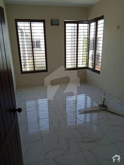 ڈی ایچ اے فیز 7 ایکسٹینشن ڈی ایچ اے ڈیفینس کراچی میں 4 کمروں کا 4 مرلہ مکان 1 لاکھ میں کرایہ پر دستیاب ہے۔