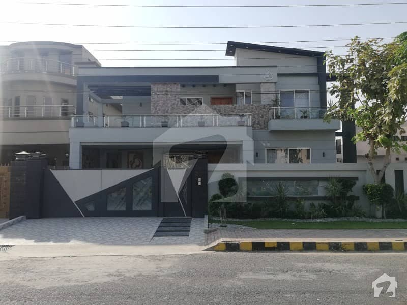 Newly Built 1 Kanal  House For Sale