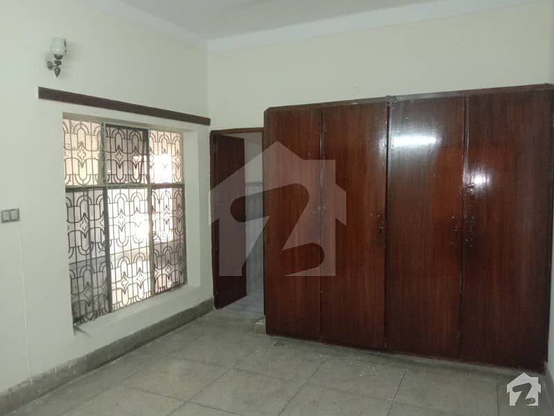VIP 10 Marla Lower Portion With 2 Bed