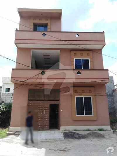 غوث گارڈن - فیز 4 غوث گارڈن لاہور میں 4 کمروں کا 5 مرلہ مکان 85 لاکھ میں برائے فروخت۔