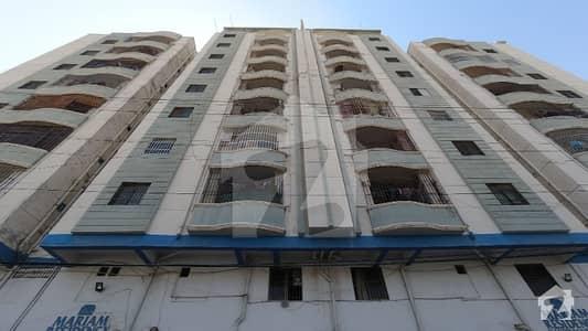 نارتھ کراچی - سیکٹر 11-C / 2 نارتھ کراچی کراچی میں 3 کمروں کا 16 مرلہ پینٹ ہاؤس 1.85 کروڑ میں برائے فروخت۔