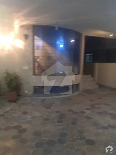 1 Kanal Fully Furnished Lower Portion With Basement For Rent
