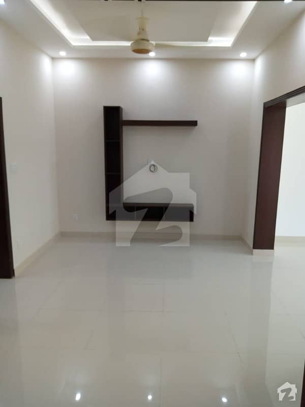 5 Marla Lower Portion Available For Rent In State Life Society A Block Lahore