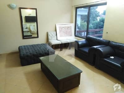 Perfect 9000 Square Feet House In F-7 For Sale