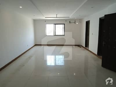 1 Bed Attached Bath Tv Lounge Kitchen Apartment For Rent