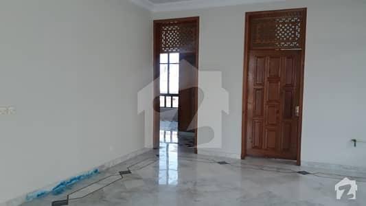 ایف ۔ 11/3 ایف ۔ 11 اسلام آباد میں 5 کمروں کا 1 کنال مکان 2.25 لاکھ میں کرایہ پر دستیاب ہے۔