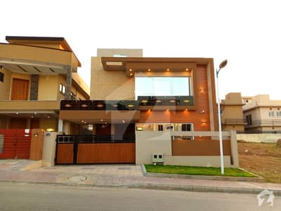 10 Marla Brand New Aesthetic Design House Up For Sale