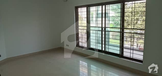 Dha Defence 4500  Square Feet House Up For Rent
