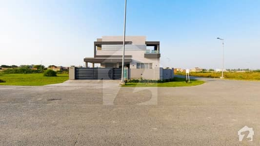 1 Kanal Corner House For Sale In Z Block Of DHA Phase 7 Lahore