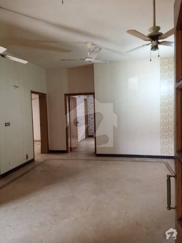 10 Marla Lower Portion For Rent Dha Phase 4