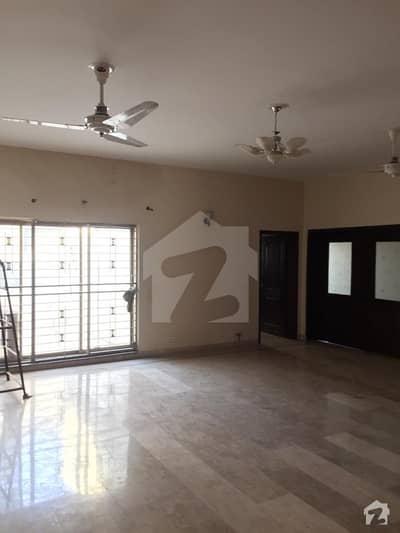 اسٹیٹ لائف ہاؤسنگ فیز 1 اسٹیٹ لائف ہاؤسنگ سوسائٹی لاہور میں 3 کمروں کا 1 کنال بالائی پورشن 45 ہزار میں کرایہ پر دستیاب ہے۔