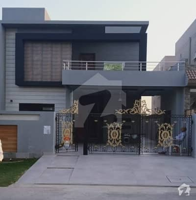13 Marla Brand New House For Sale In Lake City Sector M1
