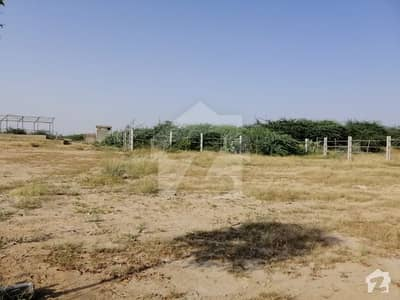 Green Farmhouses  PLOTS Scheme45 Gadap karachi