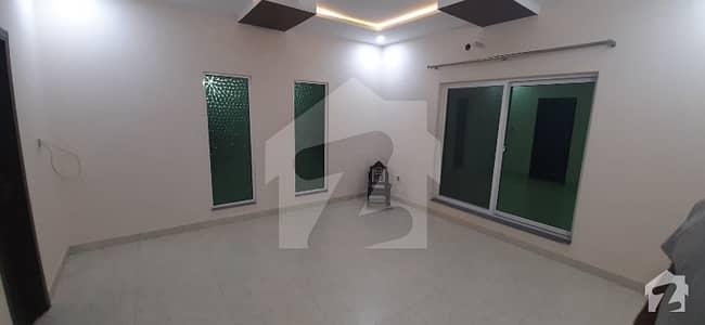 ماڈل سٹی ون کینال روڈ فیصل آباد میں 4 کمروں کا 6 مرلہ مکان 1.5 کروڑ میں برائے فروخت۔