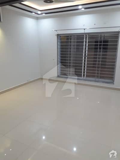 بحریہ ٹاؤن فیز 7 بحریہ ٹاؤن راولپنڈی راولپنڈی میں 1 کمرے کا 2 مرلہ فلیٹ 18 ہزار میں کرایہ پر دستیاب ہے۔