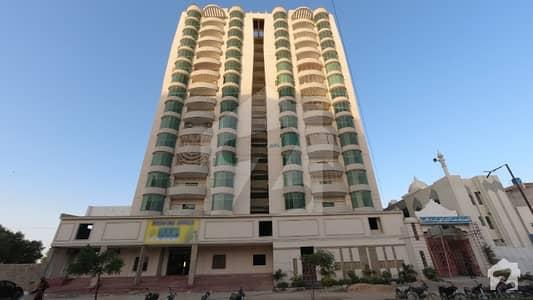 سکیم 33 کراچی میں 4 کمروں کا 15 مرلہ فلیٹ 2.7 کروڑ میں برائے فروخت۔