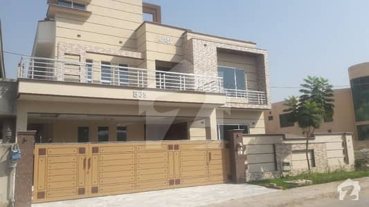 Brand New 6 Bed Luxurious House Avaliable
