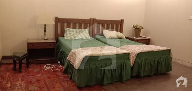 One Bedroom Fully Furnished With Kitchen