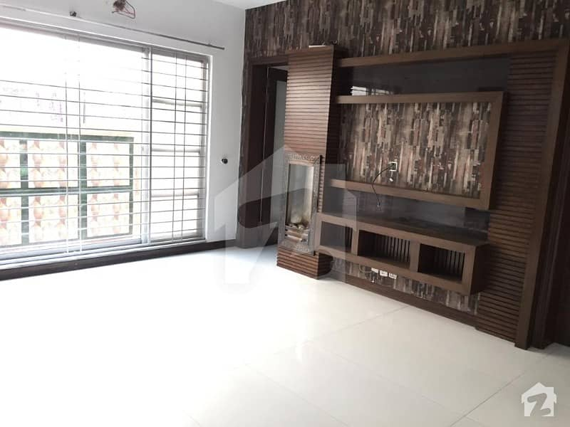 10 Marla One Year Old House For Rent