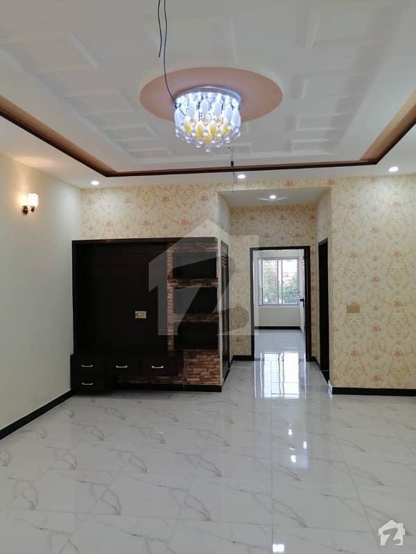 آڈٹ اینڈ اکاؤنٹس ہاؤسنگ سوسائٹی لاہور میں 3 کمروں کا 4 مرلہ مکان 85 لاکھ میں برائے فروخت۔