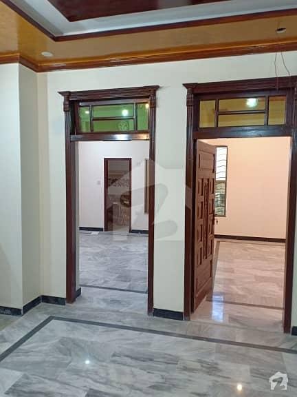 ارباب سبز علی خان ٹاؤن ایگزیکٹو لاجز ارباب سبز علی خان ٹاؤن ورسک روڈ پشاور میں 3 کمروں کا 5 مرلہ بالائی پورشن 25 ہزار میں کرایہ پر دستیاب ہے۔
