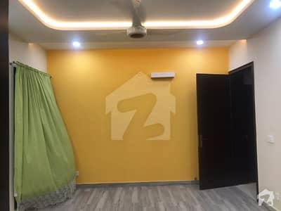 ڈی ایچ اے فیز 8 ڈیفنس (ڈی ایچ اے) لاہور میں 1 کمرے کا 1 مرلہ کمرہ 36 ہزار میں کرایہ پر دستیاب ہے۔