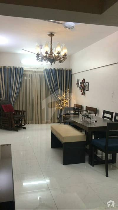 2200 Square Feet Flat Is Available For Sale