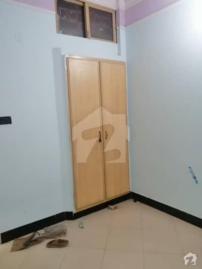 شمع روڈ لاہور میں 2 کمروں کا 2 مرلہ فلیٹ 20 ہزار میں کرایہ پر دستیاب ہے۔