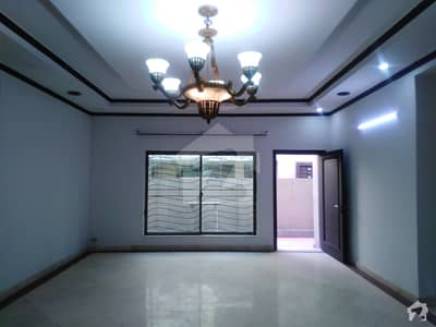 4500  Square Feet House In Johar Town For Sale
