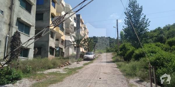 چتر اسلام آباد میں 3 کمروں کا 7 مرلہ فلیٹ 37 لاکھ میں برائے فروخت۔