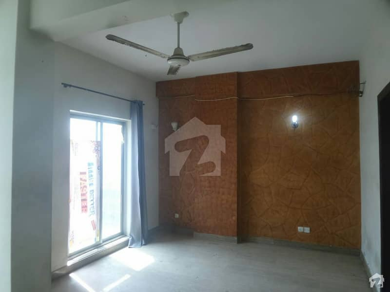 2250  Square Feet Upper Portion For Rent In Pakistan Town