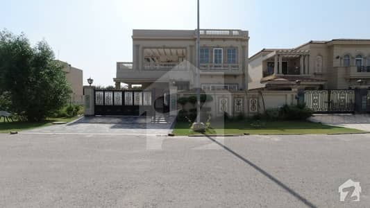 Magnificent 1  Kanal House For Sale In D H A Phase 6 Block J Lahore