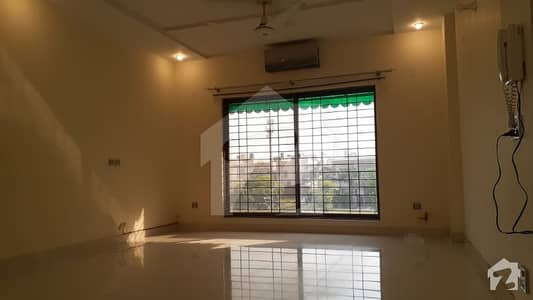 1 Kanal 3 Beds Well Maintained Upper Portion Available For Rent At Good Price